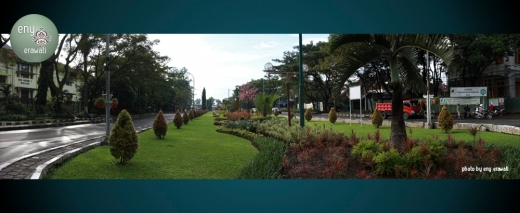 Enys Photo Street1
